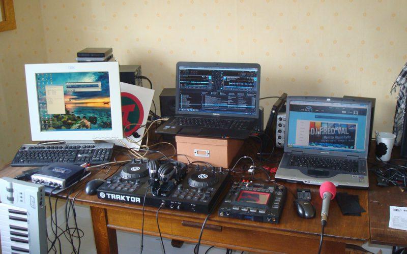 ¿Qué está pasando con la radio? Adaptarse a los nuevos tiempos o morir